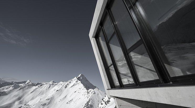 © Bergbahnen Sölden; Photographer Christoph Nösig